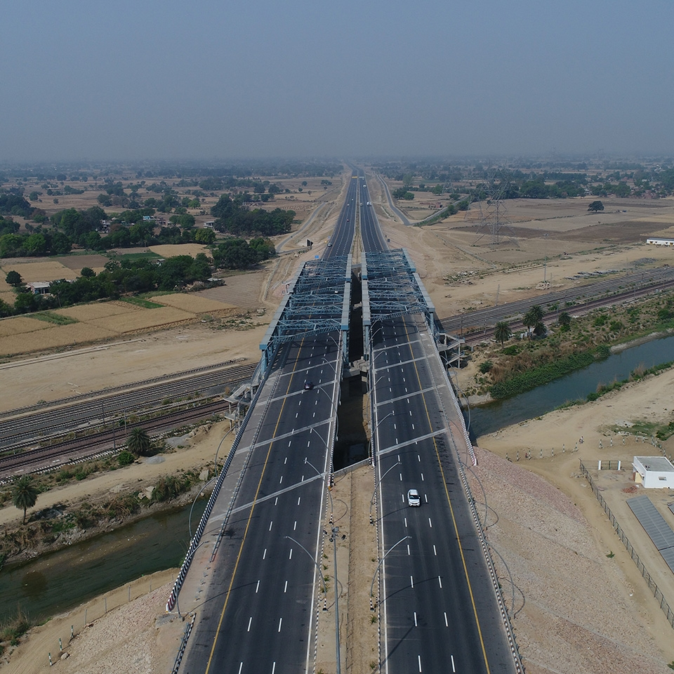 Agra - Lucknow Toll Road
