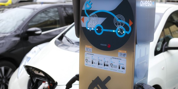 Ayesa develops the first smart electric charging point based on IoT technology